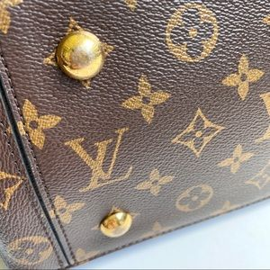 Louis Vuitton Bags - Louis Vuitton Monogram Flower Tote Black